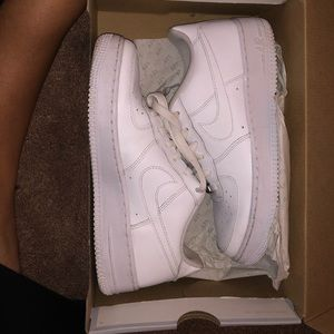 Air force 1s (WITH BOX)